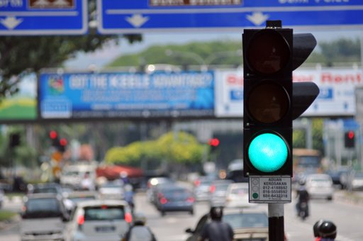Penang_has_aroudn_8,000_traffic_lights_creating_a_start_and_stop_system_that_is_bad_for_the_environment_KE_ooi