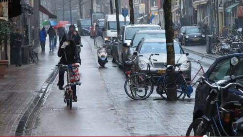 netherlands - cycing in the rain