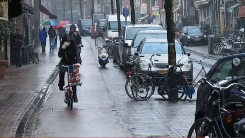 netherlands - cycing in the rain