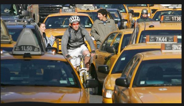 USA NYC bike in trraffic - credit NBC New York