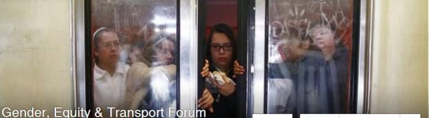 FB gatnet women in train window