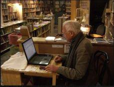 Wolfgang Zuckermann at work
